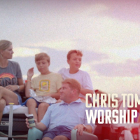 Chris Tomlin Announces 'Worship Tailgate Tour' Dates
