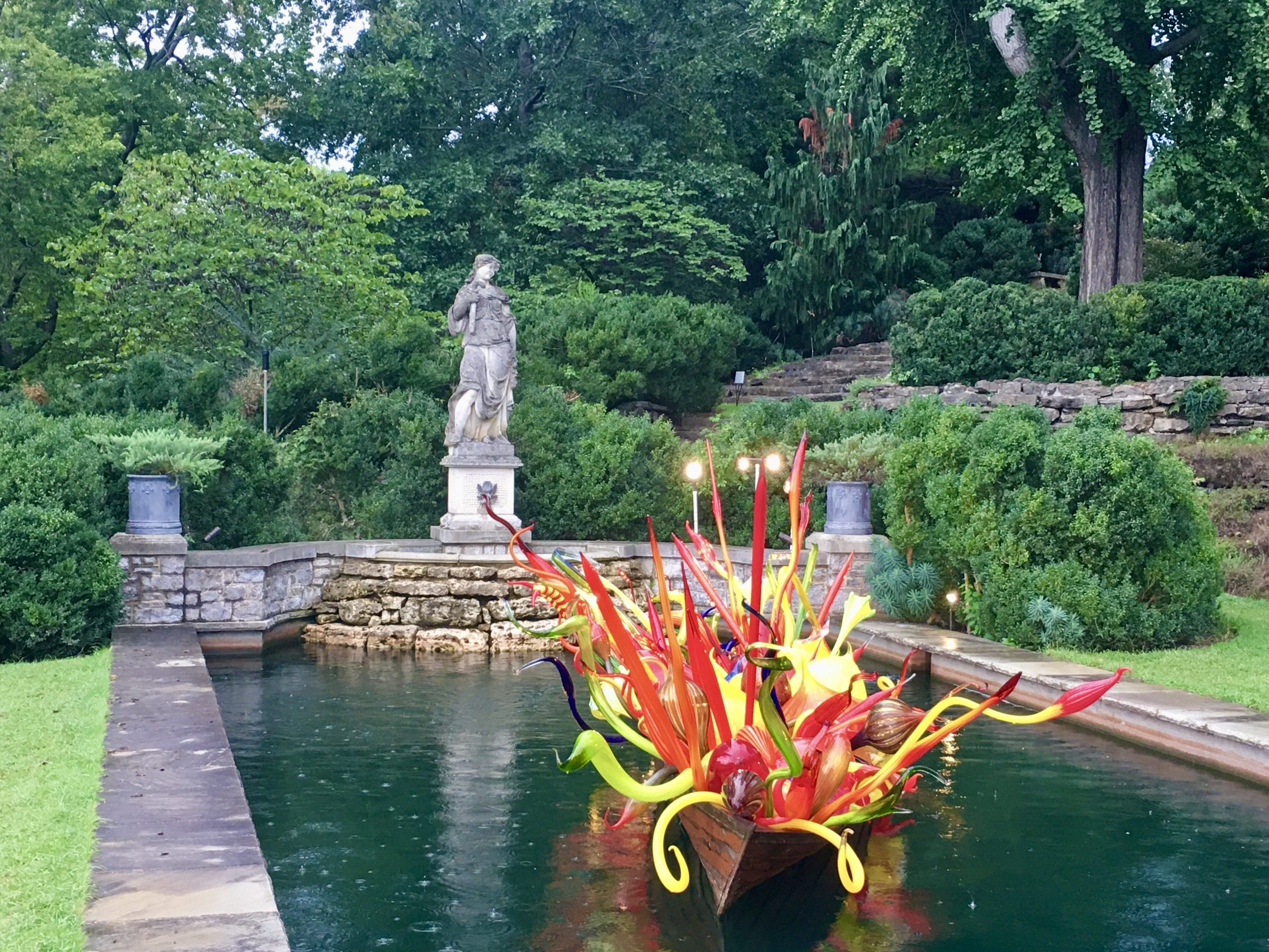 Photo of Chihuly at Cheekwood by Kathryn Darden for ChristianActivities.com