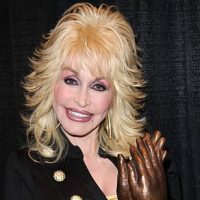 Dolly Parton 'Christmas on the Square' to Hit Netflix in Nov.
